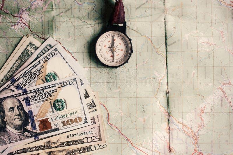旅行癖和计划夏天旅行假期概念,指南针 库存照片