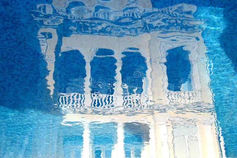 旅行社的概念 被反射的例证神仙的宫殿 库存图片