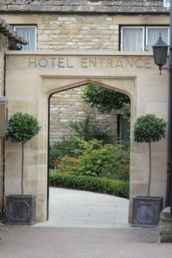 旅馆入口 库存照片