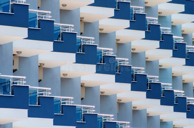 旅馆阳台 免版税图库摄影