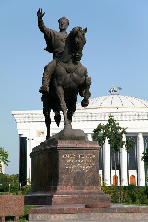 贵族Temur雕象在塔什干-乌兹别克斯坦 免版税库存图片