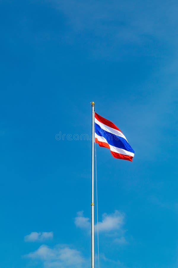 旗子在天空 库存图片