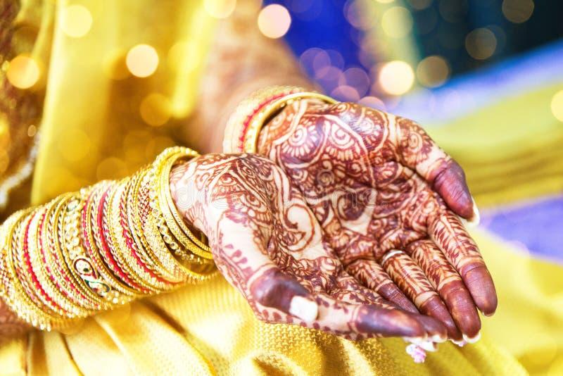 无刺指甲花纹身花刺,印地安新娘 库存照片