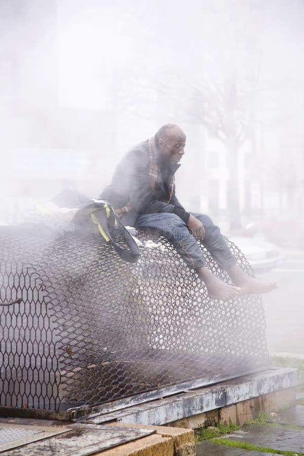 无家可归人做准备 免版税图库摄影