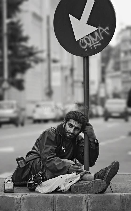 无家可归的吉普赛叫化子在布加勒斯特 库存照片