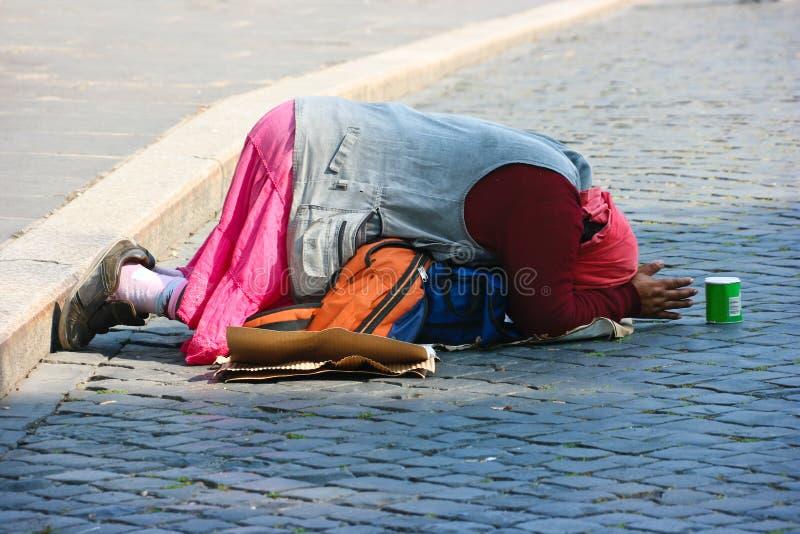 无家可归的妇女 库存照片