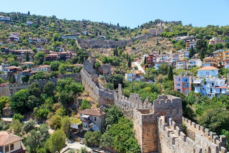 无背长椅堡垒废墟在阿拉尼亚 免版税库存图片