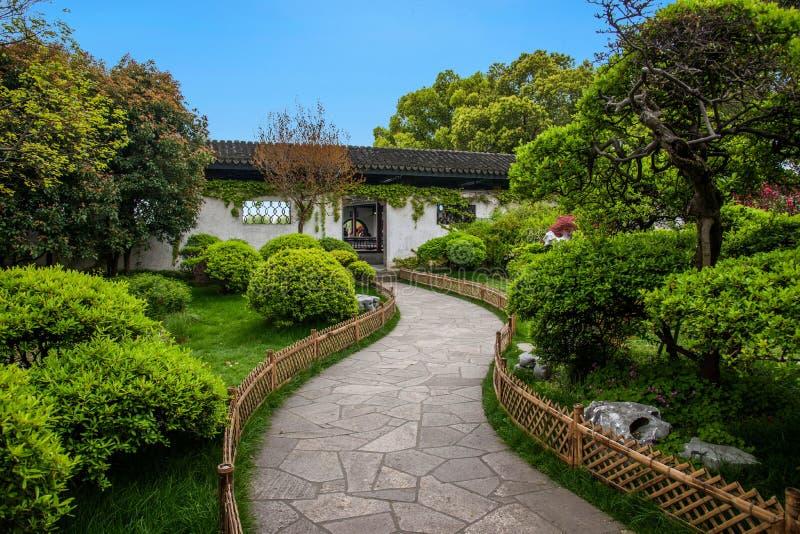 无锡Taihu桑植县庭院足迹 库存照片