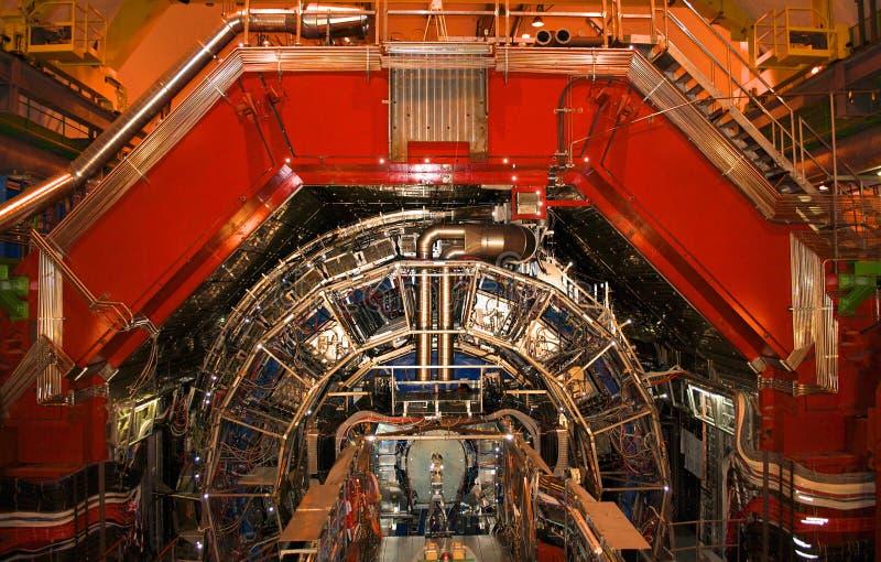 日内瓦,瑞士- 2014年6月20日:在CERN的大强子碰撞LHC在维护 库存照片