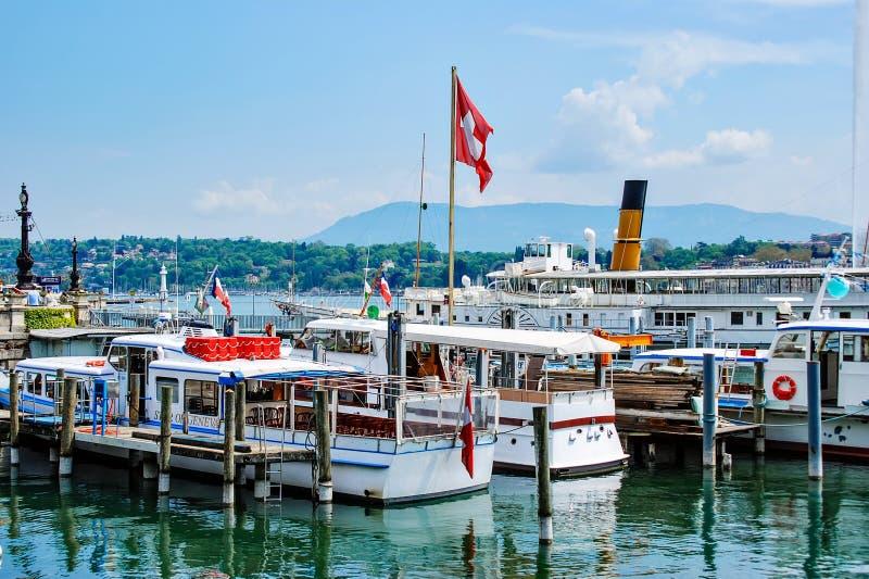 日内瓦 瑞士 小船停住在Geneva湖 免版税图库摄影