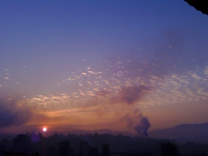 日出云彩天空地球horizo 库存照片