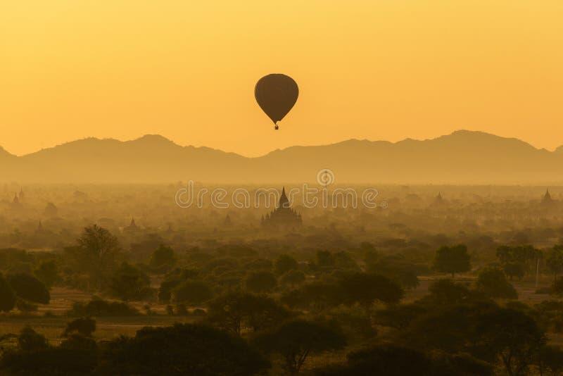日出在Bagan 库存照片