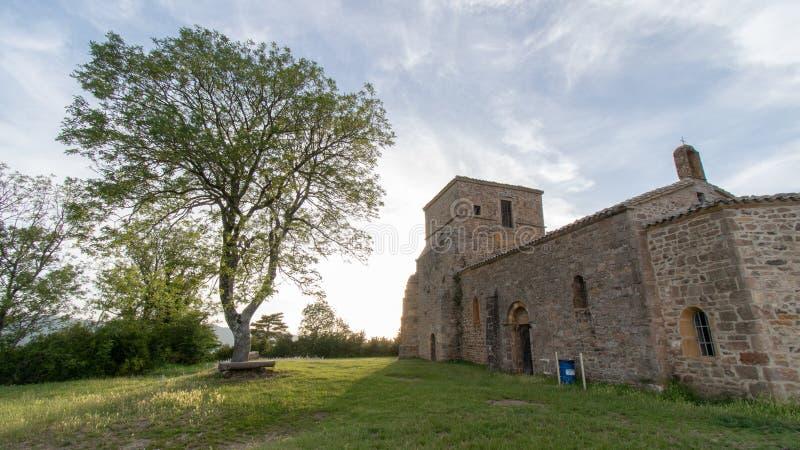 日出的教堂 免版税库存图片