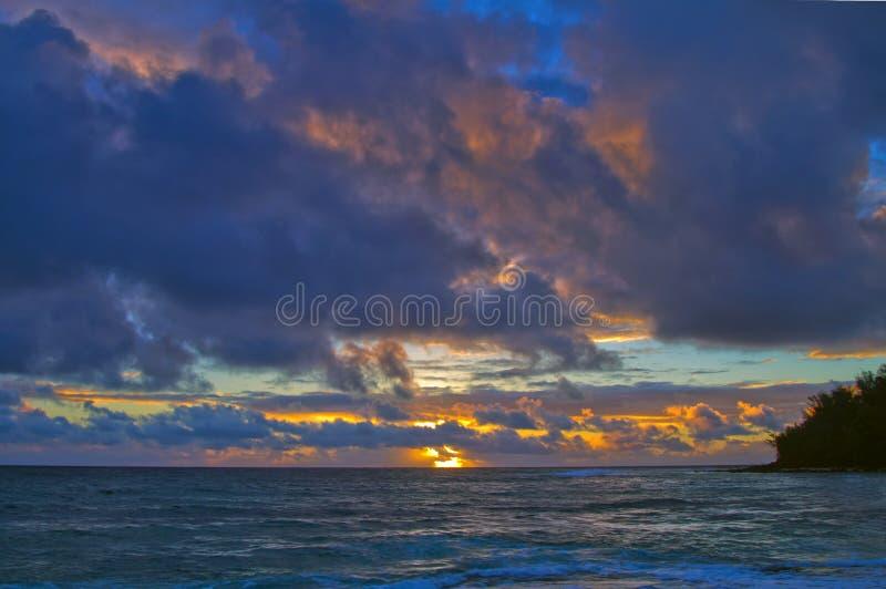 日出考艾岛夏威夷 免版税库存图片