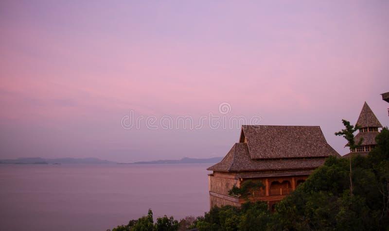 日出紫色 库存照片