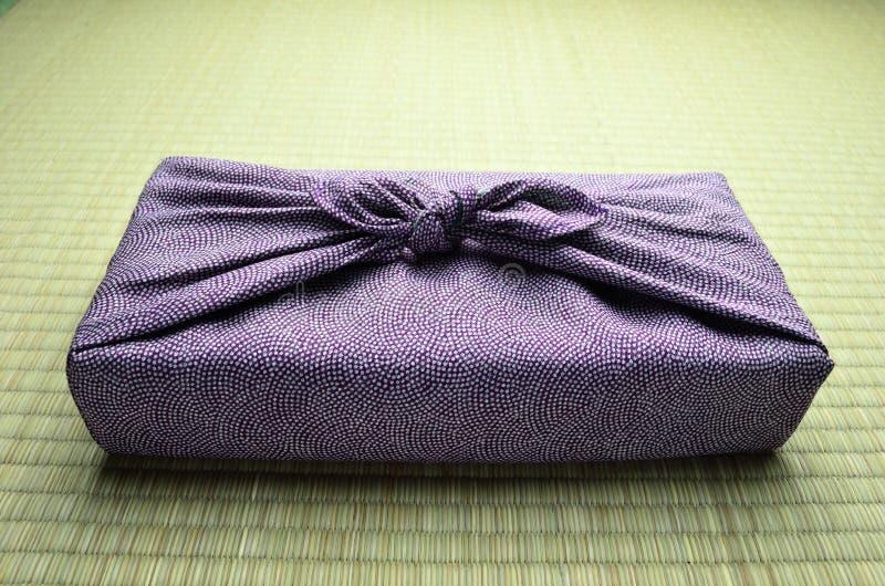 日本包裹的布料 免版税库存图片