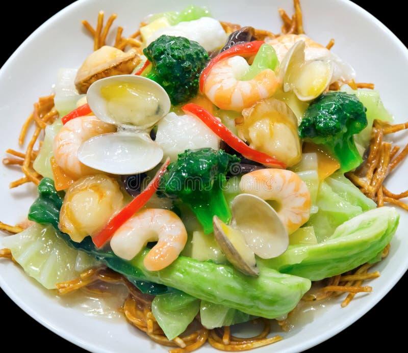 日本塑料食物:海鲜Yakisoba 库存照片