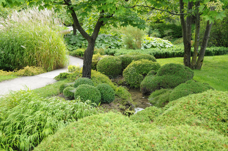 日本庭院在蒙特利尔植物园里  库存照片