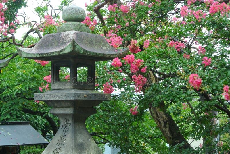 日本石塔灯笼 库存图片