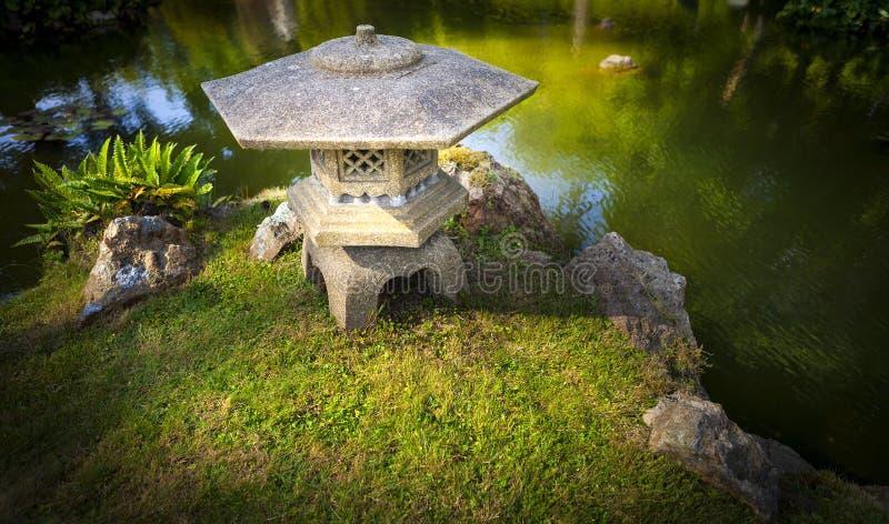 日本禅宗庭院塔 库存照片