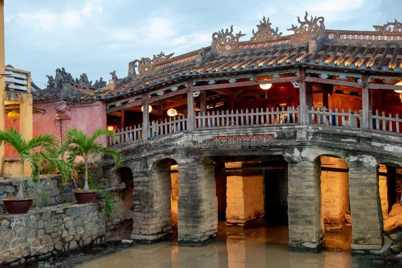 日本被遮盖的桥在的Hoi,越南 免版税库存图片