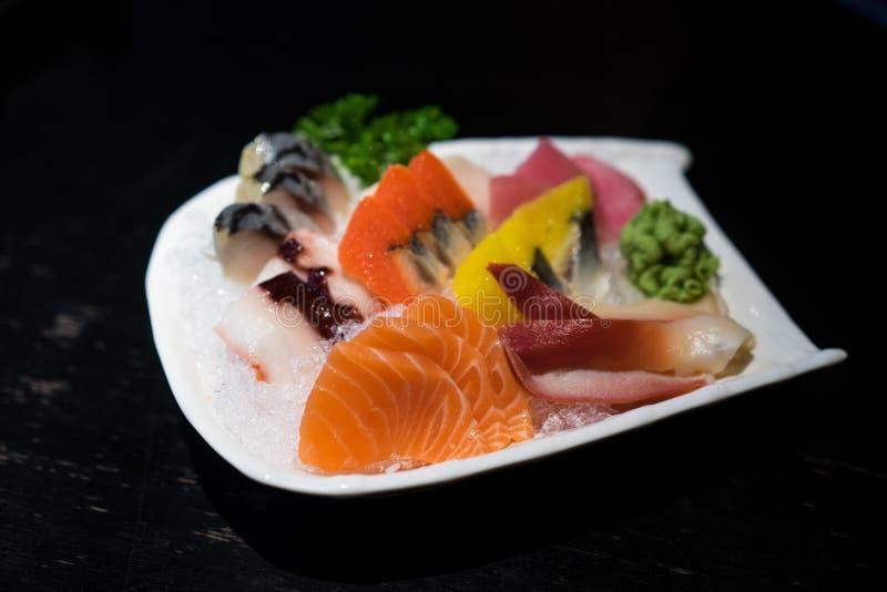Download 日本食物 库存照片. 图片 包括有 原始, 部分, 贝类, 三文鱼, 新鲜, 食物, 关闭, 背包, 宏指令 - 59111066