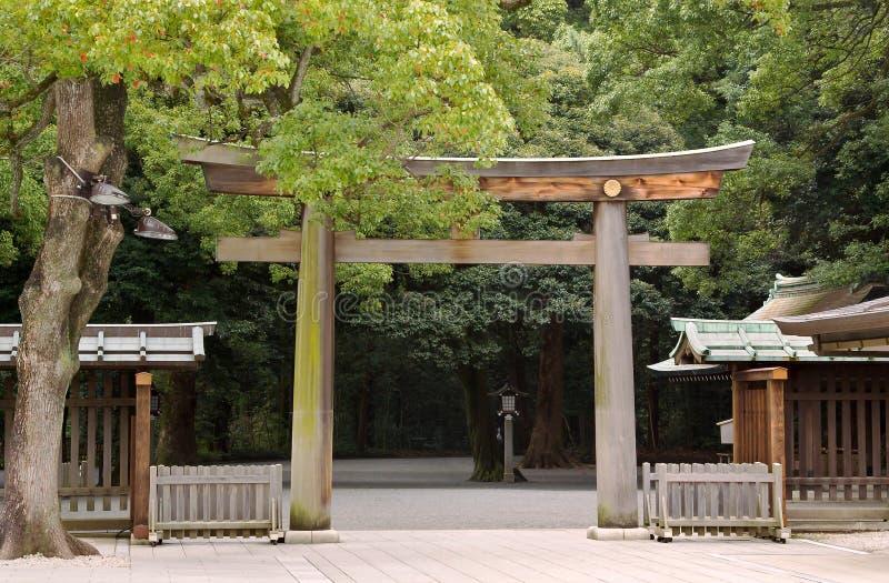 日本jinju meiji神道圣地东京torii 库存照片