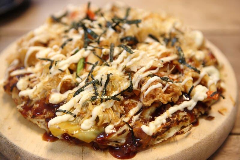 日本okonomiyaki薄饼 免版税库存照片