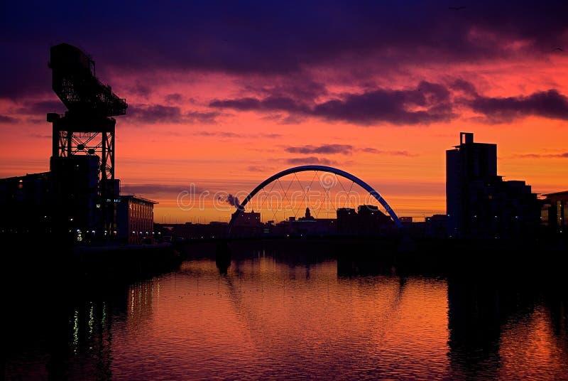 日落克莱德河格拉斯哥苏格兰  免版税图库摄影