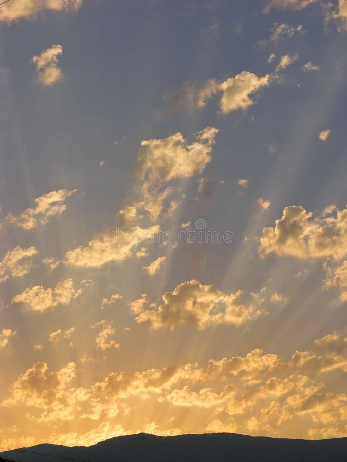 日落和cloudscape 免版税图库摄影