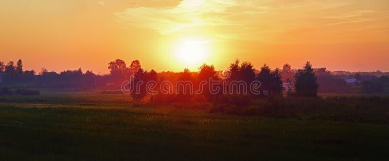 日落在乡下 图库摄影