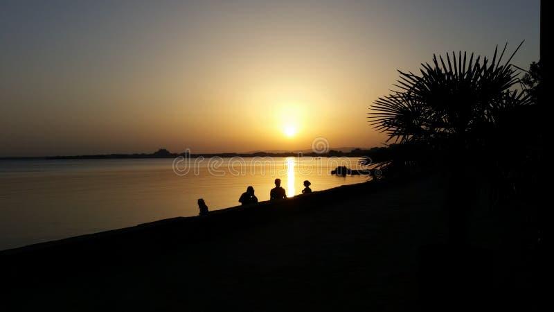 日落在保加利亚波摩莱 库存照片