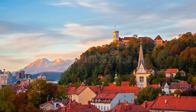 日落在卢布尔雅那,斯洛文尼亚 库存图片