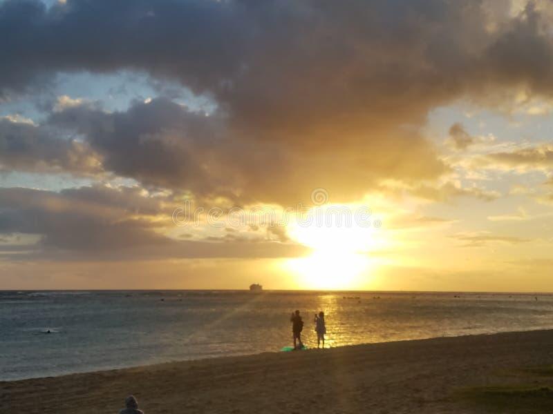 日落在奥阿胡岛,夏威夷 库存照片