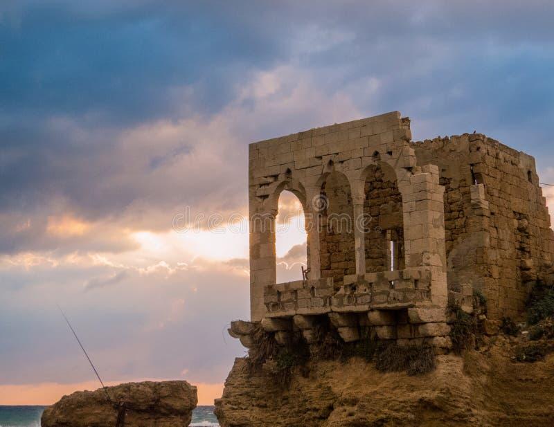 日落在巴特伦,黎巴嫩 免版税库存图片