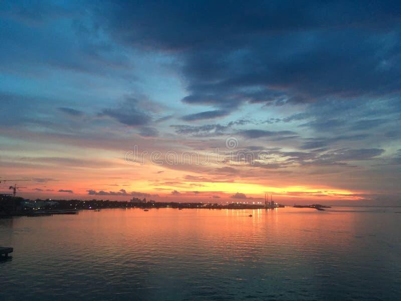 日落在拿骚,巴哈马 免版税库存图片