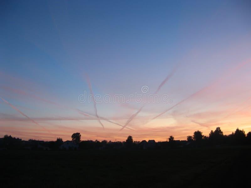日落在村庄 图库摄影