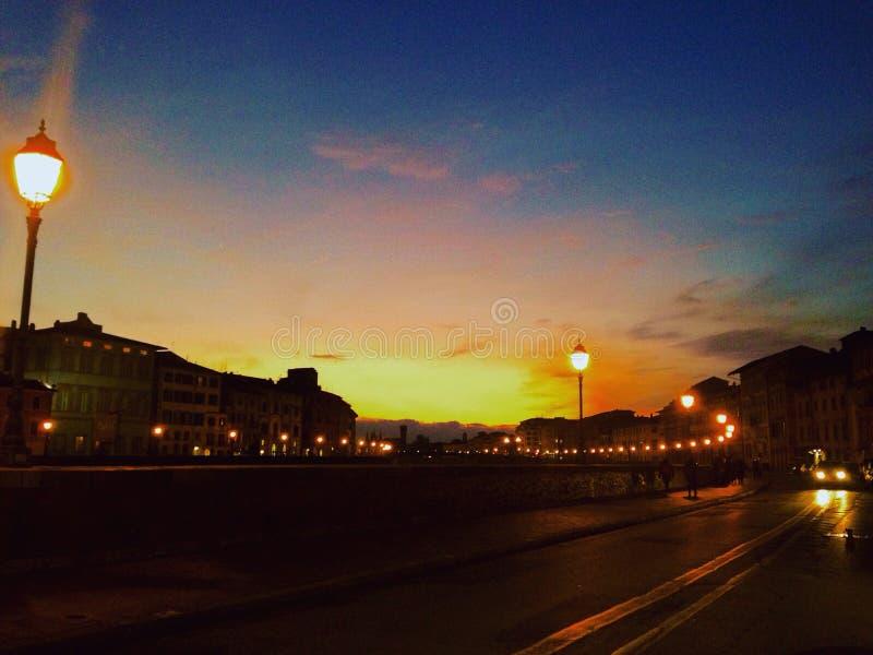 日落在比萨 库存图片
