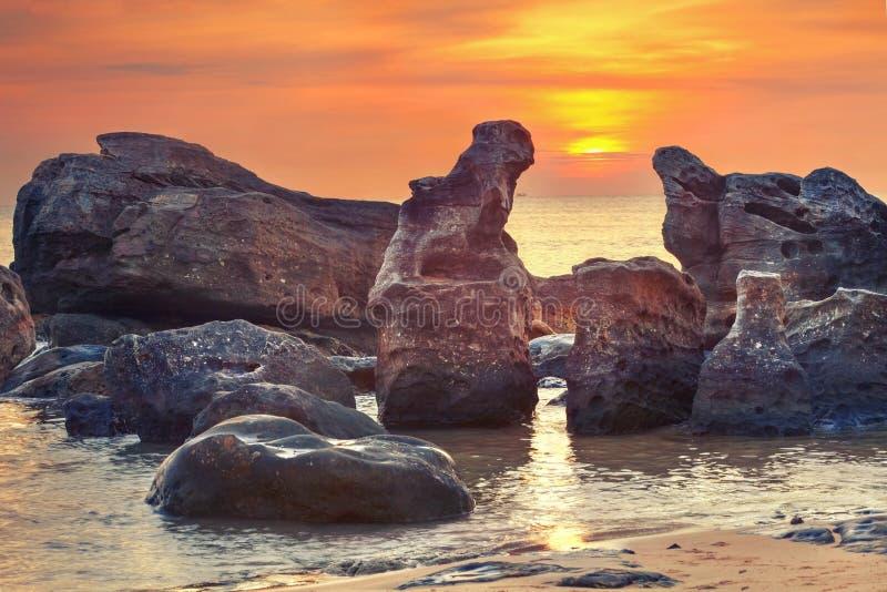 日落在海洋 库存图片