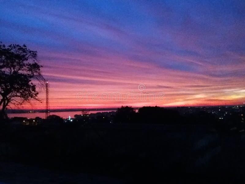 日落在阿雷格里港,巴西 免版税图库摄影