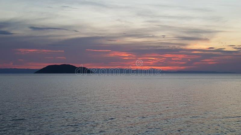 日落在Neos Marmaras 库存照片