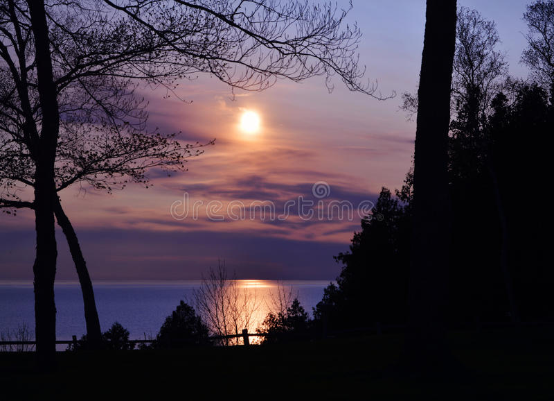 日落密歇根湖 库存照片