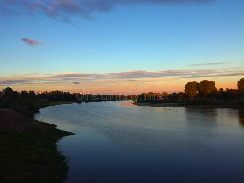 日落河 库存照片