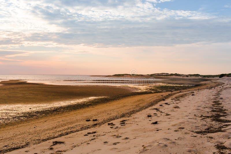 日落海岸线 图库摄影