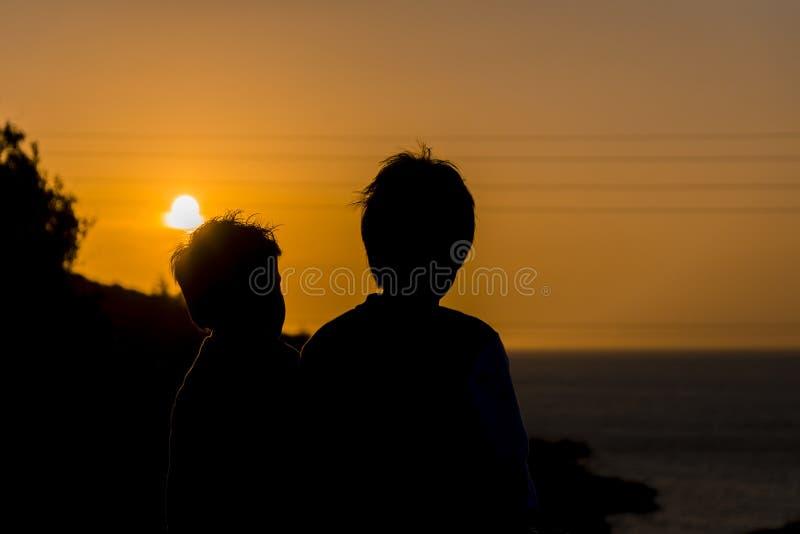 日落男孩 图库摄影