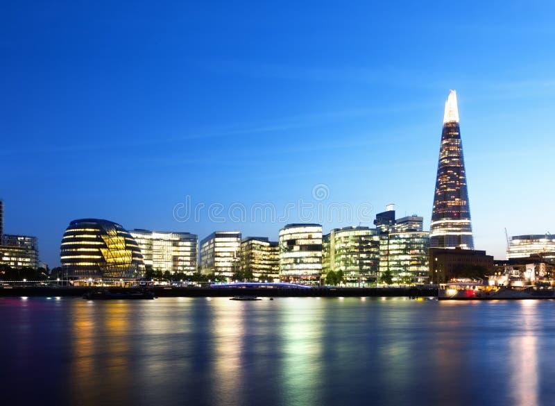 日落的伦敦市 图库摄影