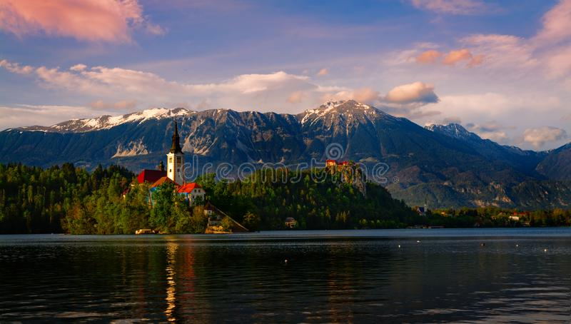日落的布莱德湖斯洛文尼亚 库存照片