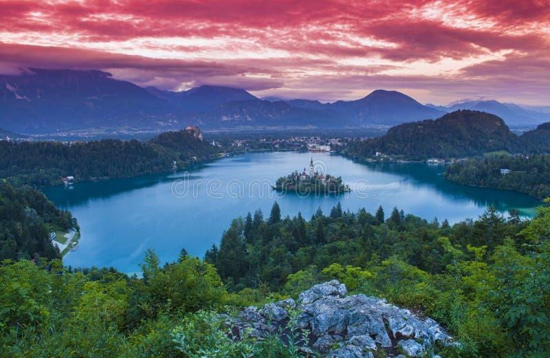 日落的布莱德湖 免版税图库摄影