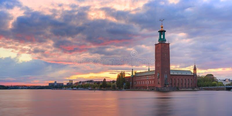 日落的,斯德哥尔摩,瑞典政府大厦 免版税库存照片