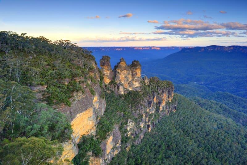 日落的, katoomba,蓝色山,悉尼,新的南部三个姐妹 库存照片